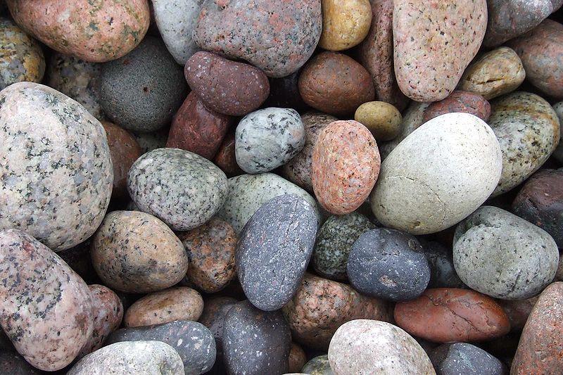 800px-Stones_Porto_DSCF0572
