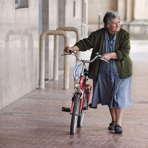 Womancyclist1